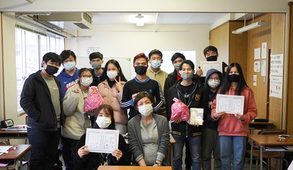 日本語学科 初級学習発表会「会いたい人」